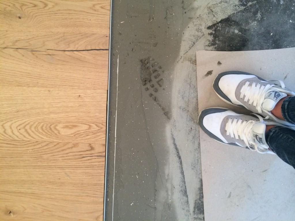 Mrs. Hausner - Die 10 goldenen Verhaltensregeln auf einer Baustelle